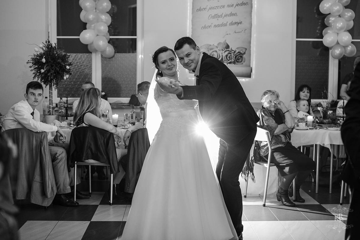 fotograf ślubny - Ochla-80
